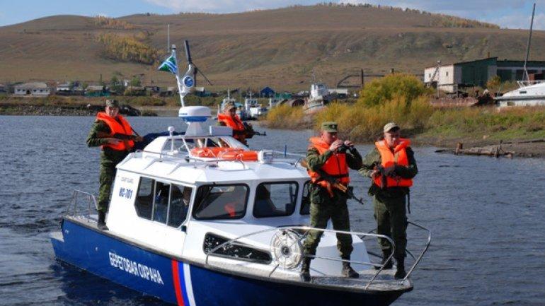 Военный катер РФ вторгся в морскую зону Украины - фото 1