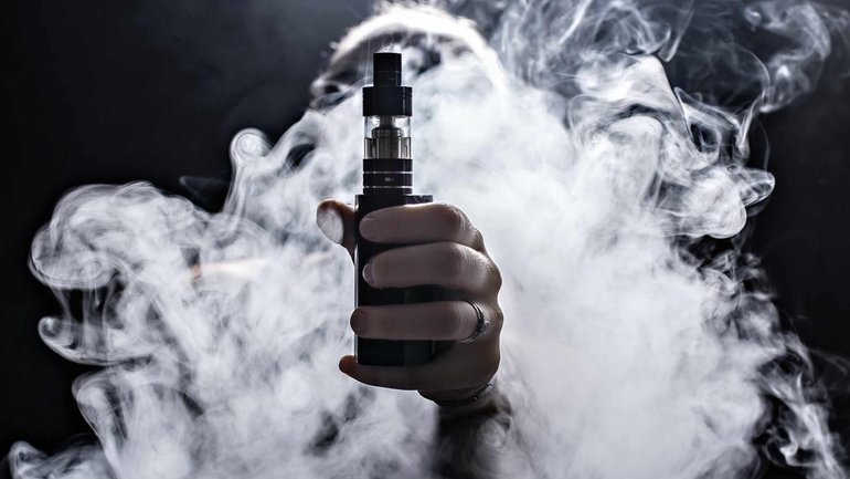 Отказаться от сигарет в пользу вейпа - фото 1