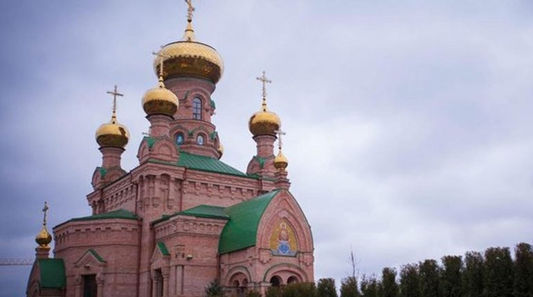В Голосеевском монастыре массово поперезаражались монахи - фото 1