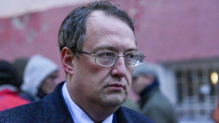 Геращенко продолжает по-дебильному отмазываться за возвращение к аваковско-мусорской системе - фото 1