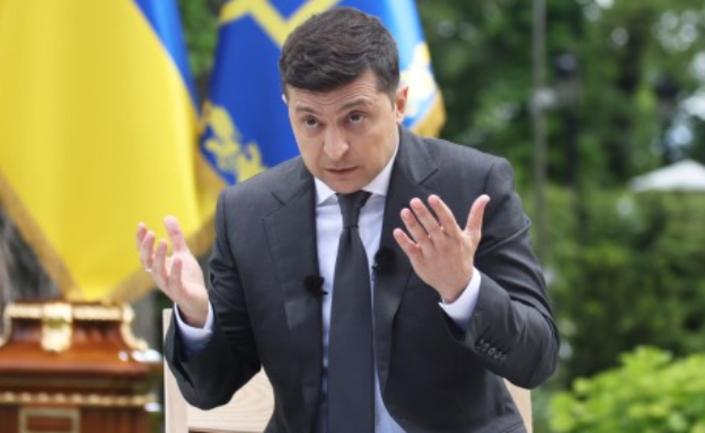 Массовые беспорядки в  Киева: Зеленский призвал Авакова к действию - фото 1
