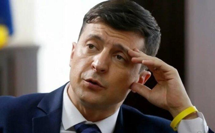Украинцы стали еще меньше доверять Зеленскому – соцопрос - фото 1