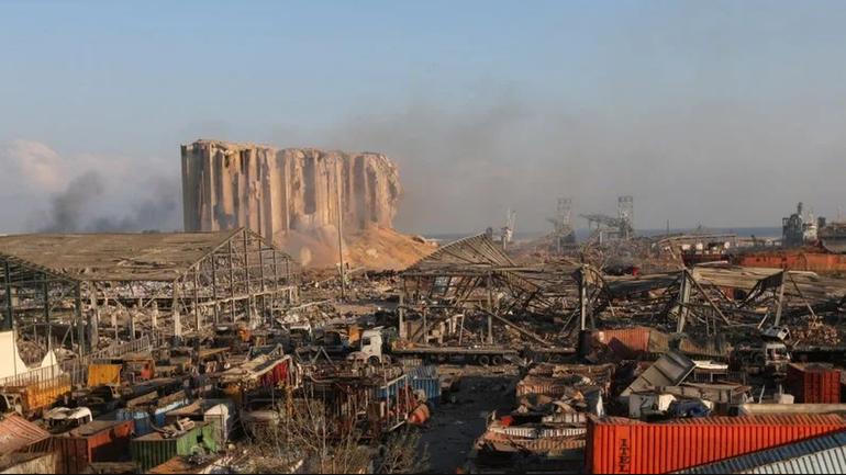 Взрыв в Бейруте не обошелся без русских - фото 1
