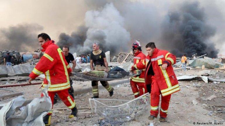 Украина готова отправить спасателей в Бейрут - Шмыгаль  - фото 1