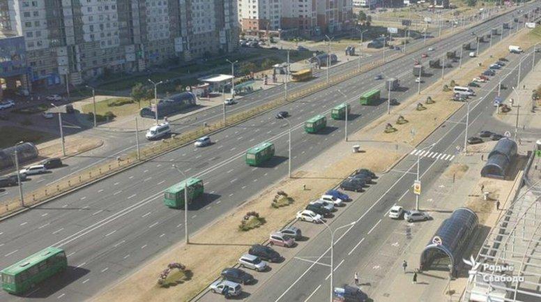 В Минск начали свозить бюджетников со всех городов страны - фото 1