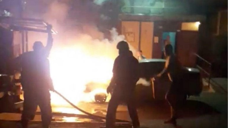 """Аваков заявил о поимке поджигателей машины """"Схем"""" - ФОТО - фото 1"""