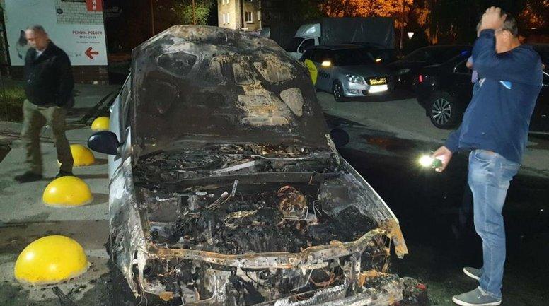 """Полиция ищет организаторов поджога авто """"Схем"""" - фото 1"""