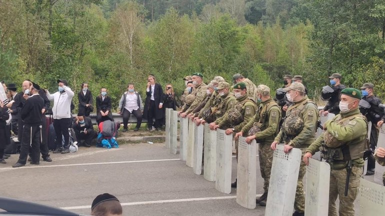 У границы с Беларусью собирается все большее количество хасидов - фото 1