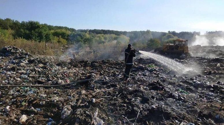 Пожар локализован, но все еще может разгореться - фото 1