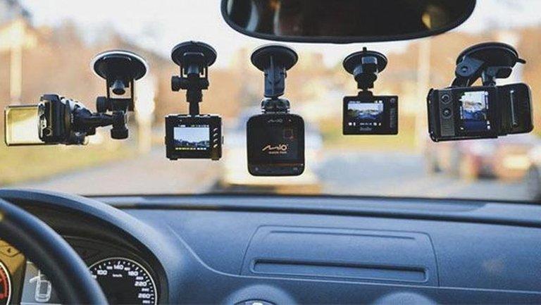 Як вибрати сучасний відеорегстратор: основні принципи - фото 1