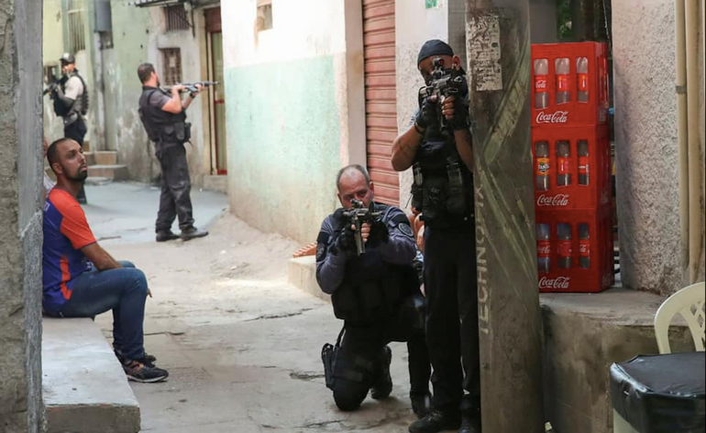 У Ріо-де-Жанейро 23 людини загинули в результаті перестрілки - фото 1