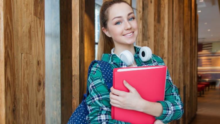 Топ-5 крутых идей подарков для подростка - фото 1
