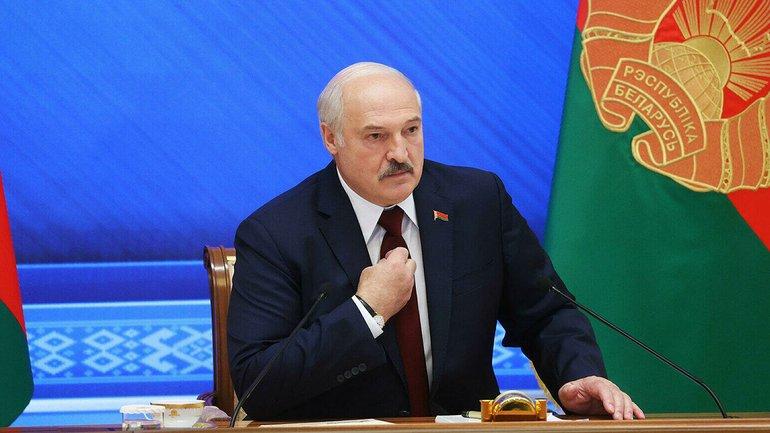 Лукашенко обклали - фото 1